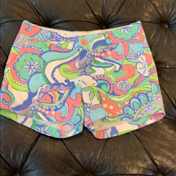 Lilly Pulitzer Pants - Iconic look! Summer colors!